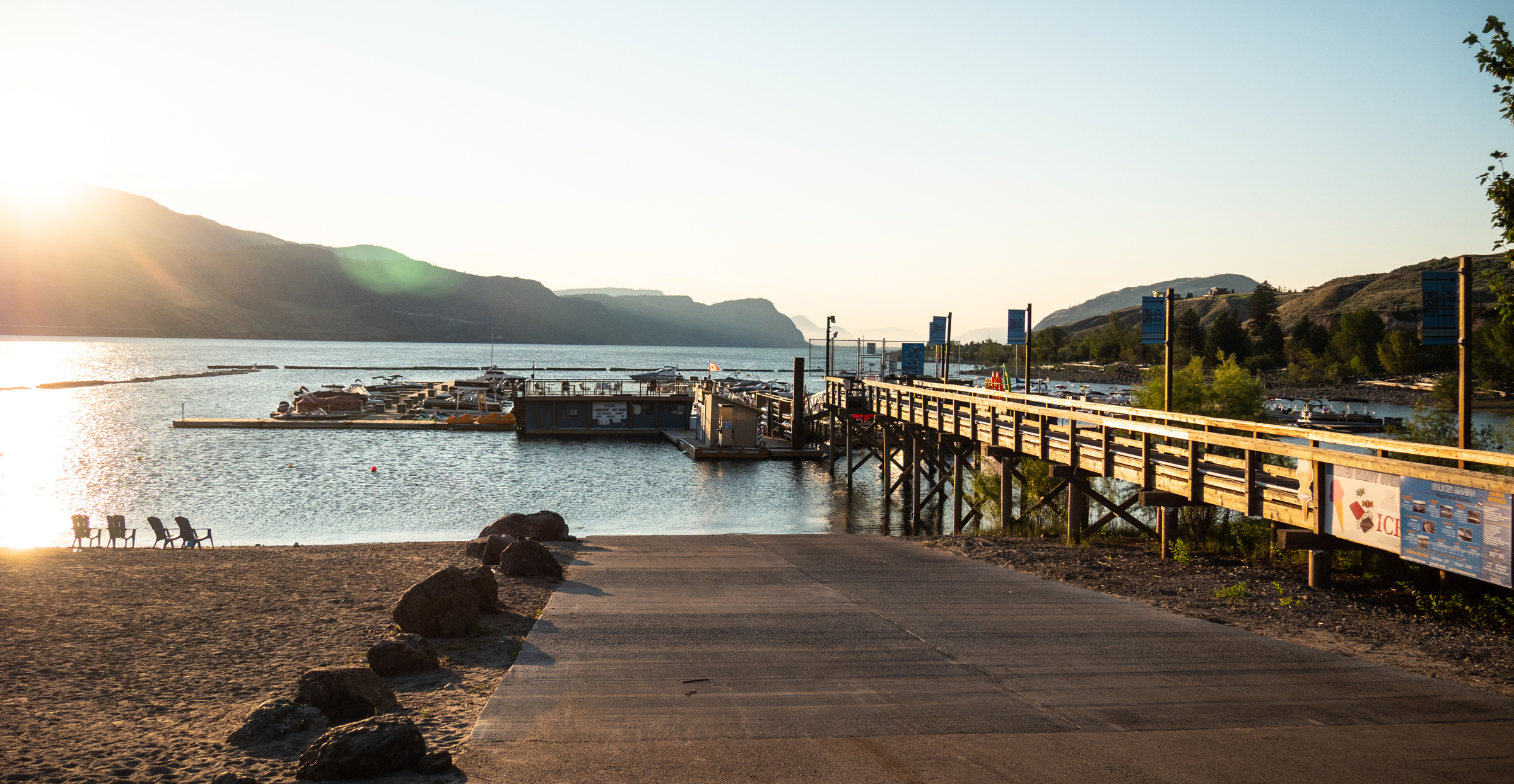 Bruker Marina Sunrise on Kamloops Lake